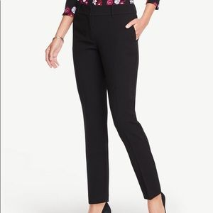 Ann Taylor Factory Signature Ankle Pants in Black